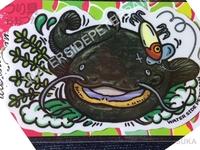 ウォーターサイドピーターパン オリジナルステッカー - レギュラー #BITEナマズ(R) 約9cm