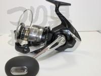 シマノ 14スフェロスSW - 8000HG  自重750g 糸巻量 PE3号-410m