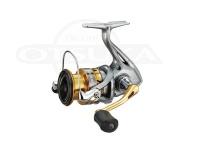 シマノ セドナ - C3000  自重:250g ギア比:5.0:1