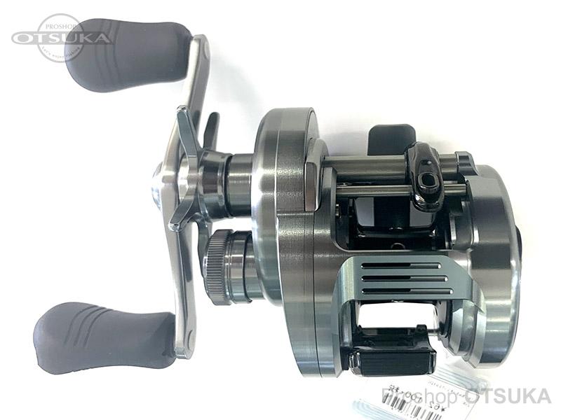 シマノ 19 カルカッタコンクエストDC 200 ギア4.8:1自重260g 20lb-100m